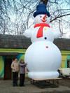 Снеговик - самая универсальная зимняя пневмофигура. А это SM-4,5